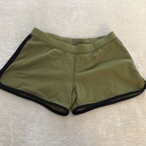 Lululemon vintage green shorts